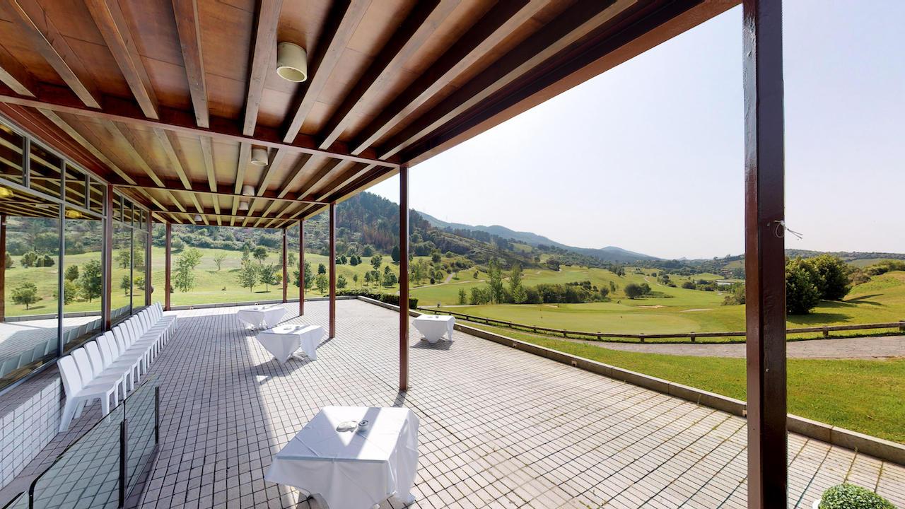 Casa club e instalaciones Campo de golf - Meaztegi Golf.- Bizkaia · Bilbao 0112