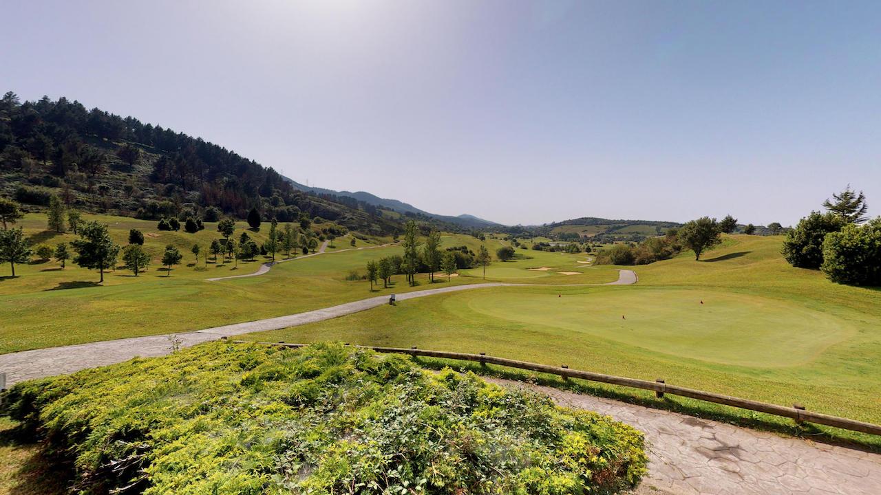Casa club e instalaciones Campo de golf - Meaztegi Golf.- Bizkaia · Bilbao 0113