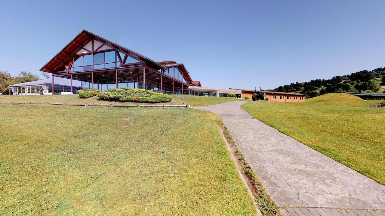 Casa club e instalaciones Campo de golf - Meaztegi Golf.- Bizkaia · Bilbao 0115