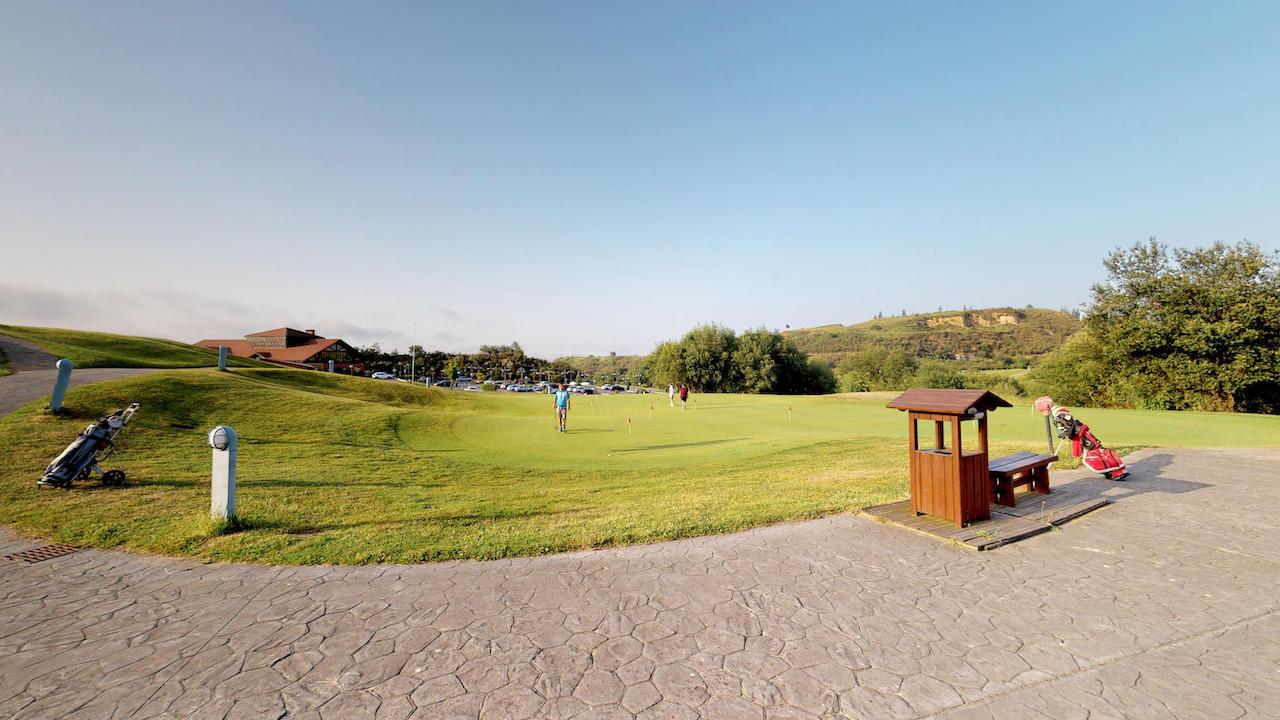 Casa club e instalaciones Campo de golf - Meaztegi Golf.- Bizkaia · Bilbao 0155