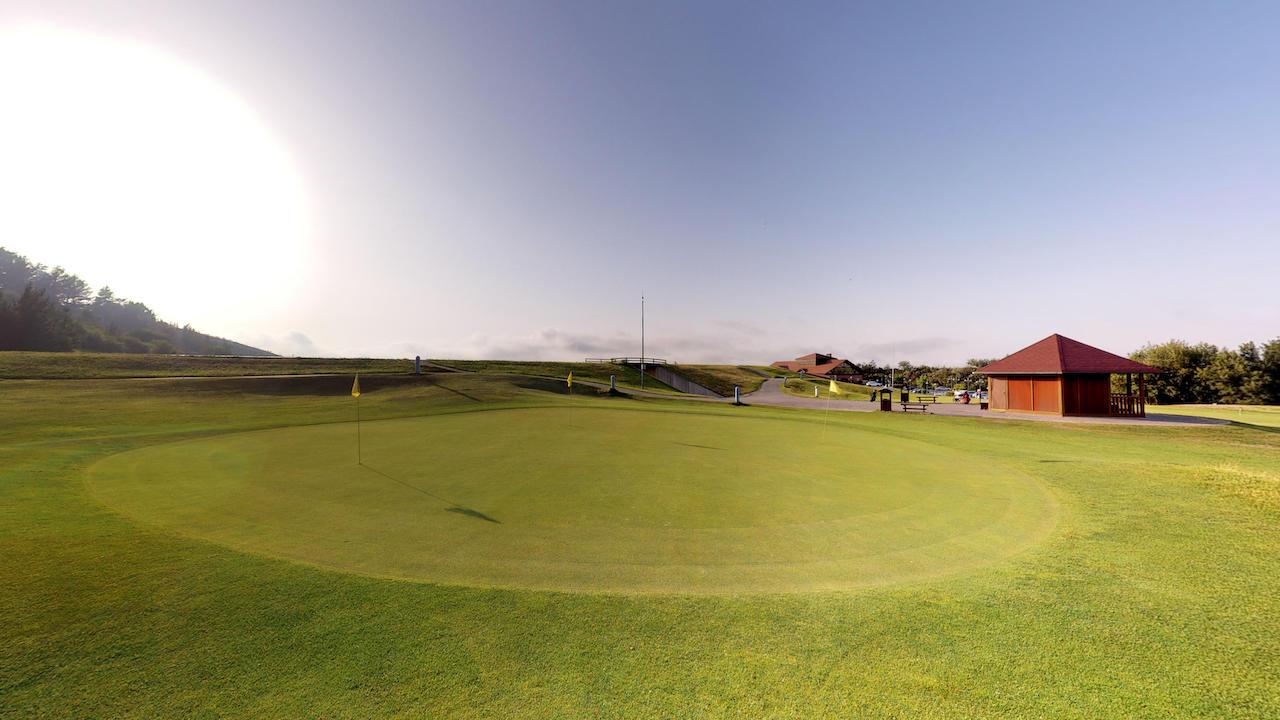 Casa club e instalaciones Campo de golf - Meaztegi Golf.- Bizkaia · Bilbao 0157